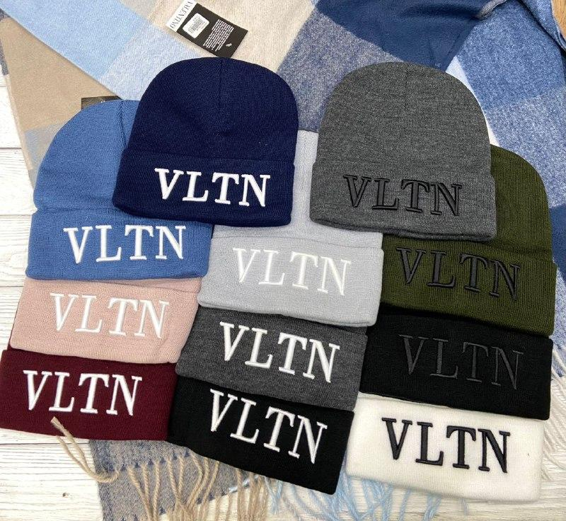 "Шапка разные  цвета  ""Valentino"""