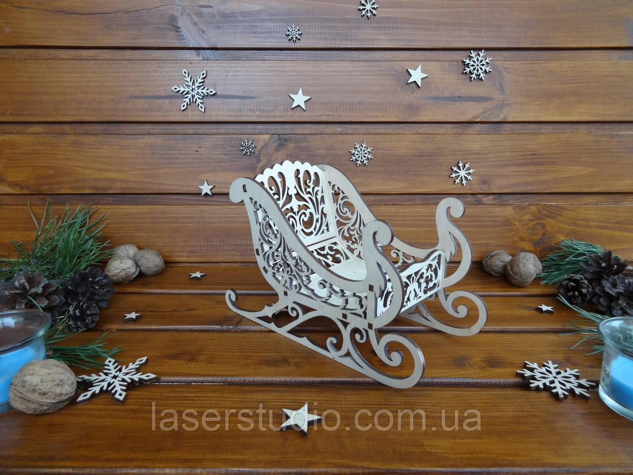 Санки Деда Мороза | Новогодний декор