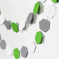 Гирлянда бумажная Соты 10 см Серо-бело-зеленая