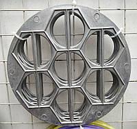 Пельменница, форма для изготовления вареников, диаметр 26 см.