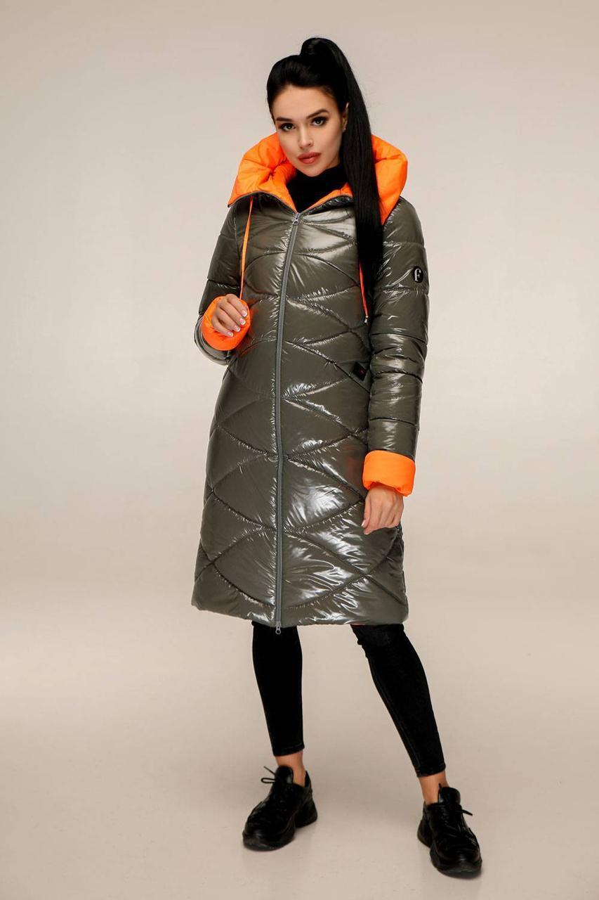 Пуховик  женский зимний, выполнен из двух цветов плащевой ткани, полуприлегающего силуэта с 44 по 54 размер