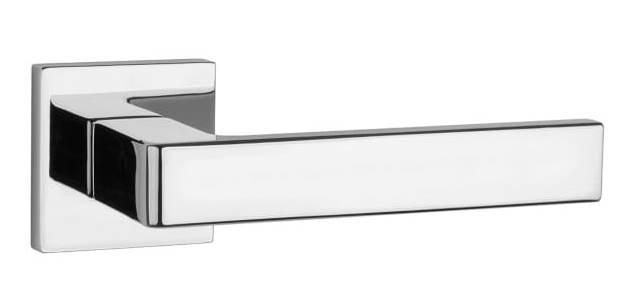Ручка дверная на розетке Aprile Sulla Q 7S хром полированный (Польша)