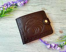 Портмоне  мужское темно-коричневое из натуральной кожи  с тиснением орел ручной работы, фото 2