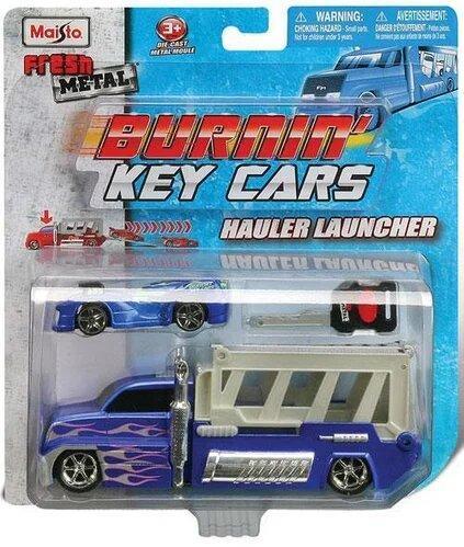 Набор игровой - трейлер 13см + авто 7,5см Burnin Key Car Launcher Hauler блистер MAISTO