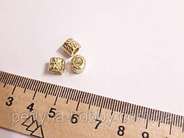 Фурнітура для біжутерії намистина металева . Фурнитура для бижутерии  5 мм. Колір золото. Ціна за 10 штук.