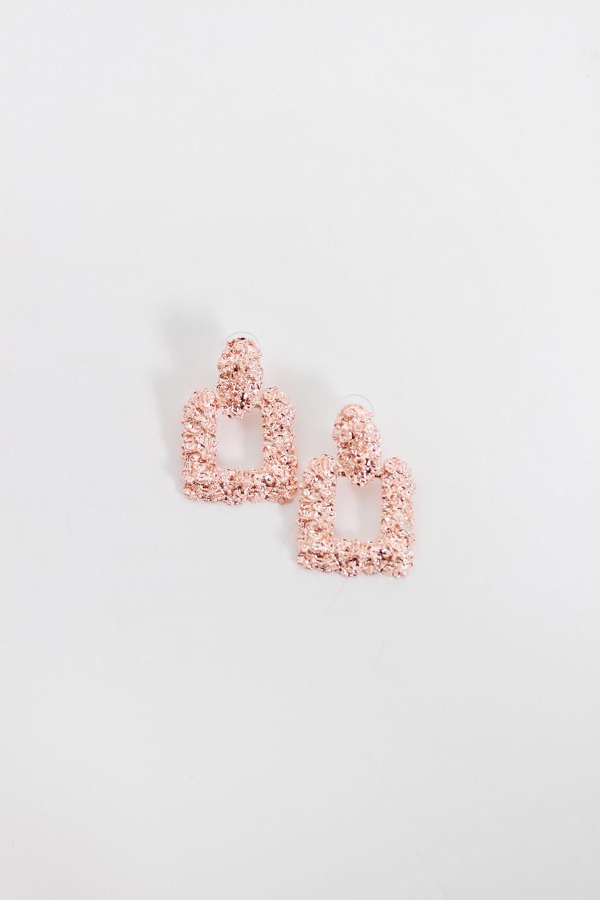Пусеты FAMO Серьги Шалли розовые Длина 4(см)/ Ширина 2.6(см) (1206)