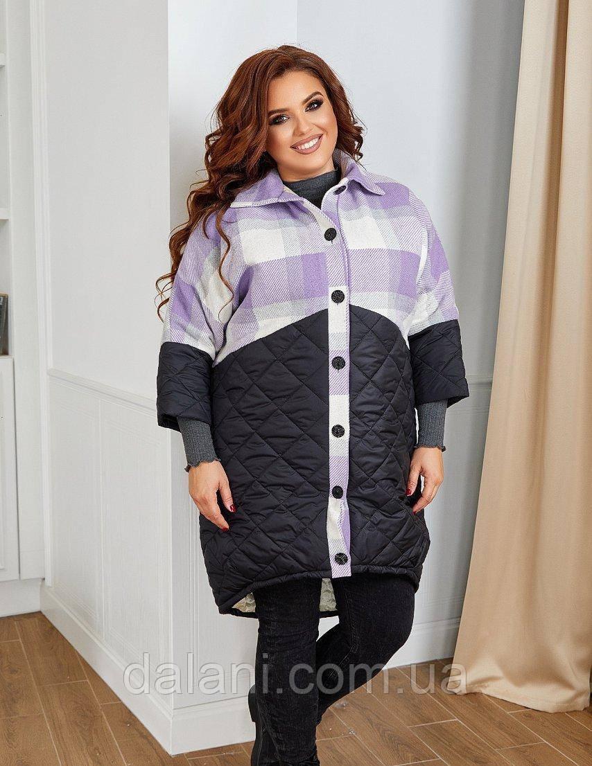 Женское черно-сиреневое пальто с капюшоном в клетку батал