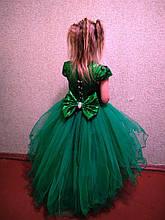 Зеленое пышное удлиненное блестящее платье Ёлочка-удлиненная