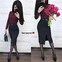 Женская замшевая юбка с разрезом спереди