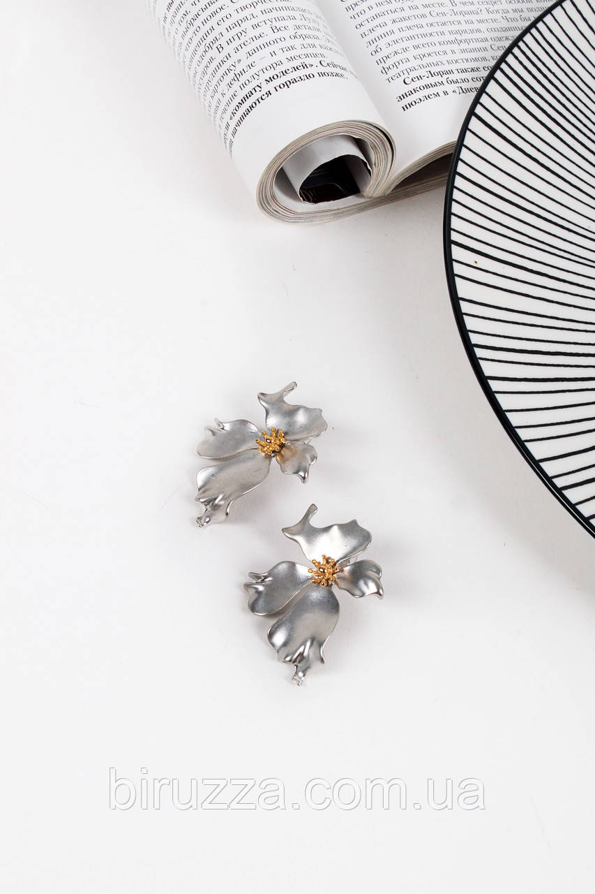 Пусеты FAMO Серьги Дэйна серебряные Длина 4.5(см)/ Ширина 3(см)