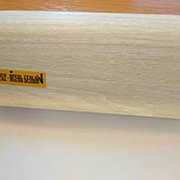 Плинтус напольный ИДЕАЛ Комфорт 55мм Ясень белый . пластиковый с кабель каналом, мягкими краями.