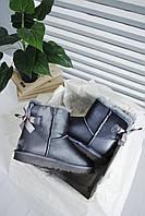 Стильні жіночі УГГІ зимові. Комфортна взуття утеплене хутром для дівчат UGG з бантиком ззаду.