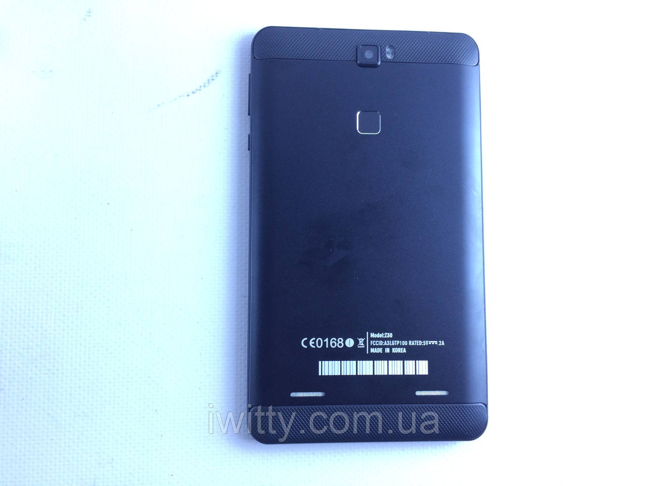 Планшет-телефон  Z30