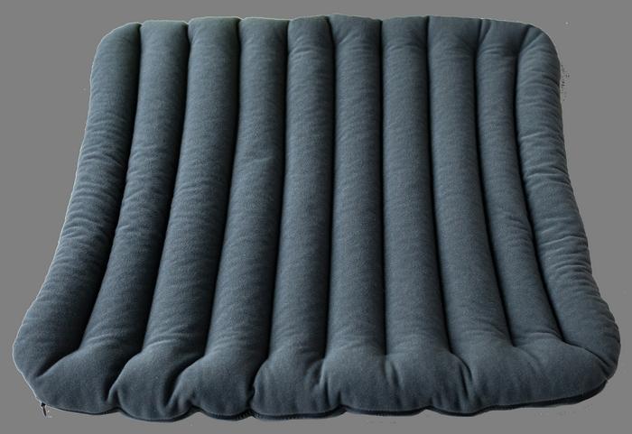 Масажна подушка для сидіння