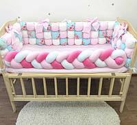 Комплект бортики-бомбон, косичка и простынка в детскую кроватку, защитные бортики