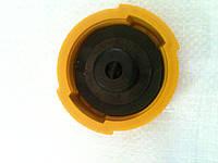 Крышка бака МТЗ (нового образца)