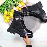 Дизайнерские высокие черные женские зимние ботинки с кошельками сумочками, фото 7