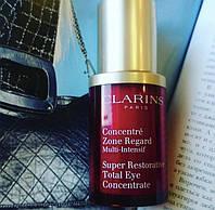 Концентрат для кожи вокруг глаз Clarins Super Restorative Total Eye Concentrate 15 ml