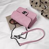Женская классическая сумочка кросс-боди на цепочке розовая, фото 5