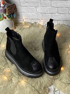 Женские зимние ботинки 37,40 размер на высокой платформе