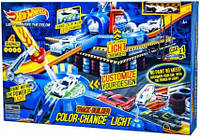 Игрушечный трек для машинок Hot wheels HW7903 автотрек гоночный детский конструктор