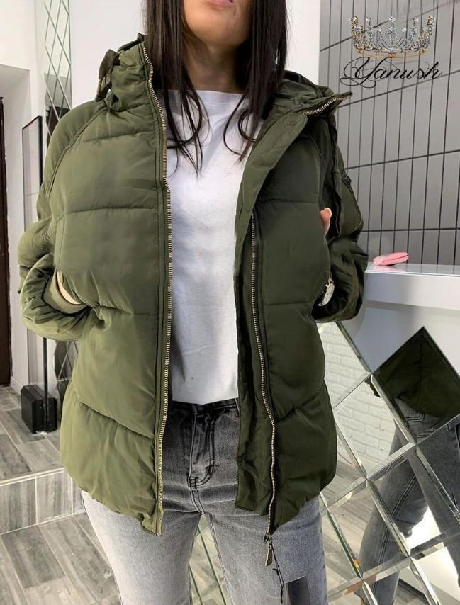 Женская куртка.  Размеры - С, М, Л. Цвета - хакки, молоко, черный.
