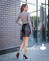 Костюм юбка мини кожа и боди с чокером, фото 3