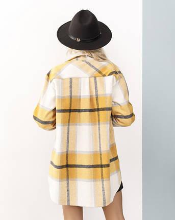 Горчичная клетчатая шерстяная женская рубашка свободного кроя, фото 2