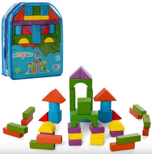 Деревянный конструктор из кубиков в рюкзаке