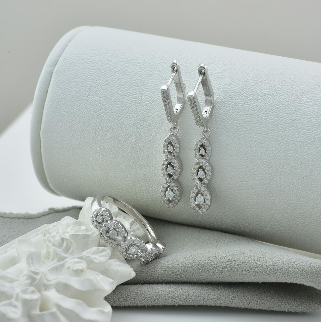 Серебряный набор кольцо размер 16.5 + серьги 38х6 мм вставка белые фианиты вес 9.5 г