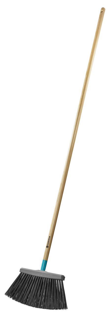 Щетка для террас Gardena с ручкой
