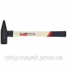 Молоток слесарный надежный 800 г, квадратный боек, деревянная ручка, MTX