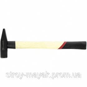Молоток слесарный надежный 300 г, квадратный боек, деревянная ручка, MTX