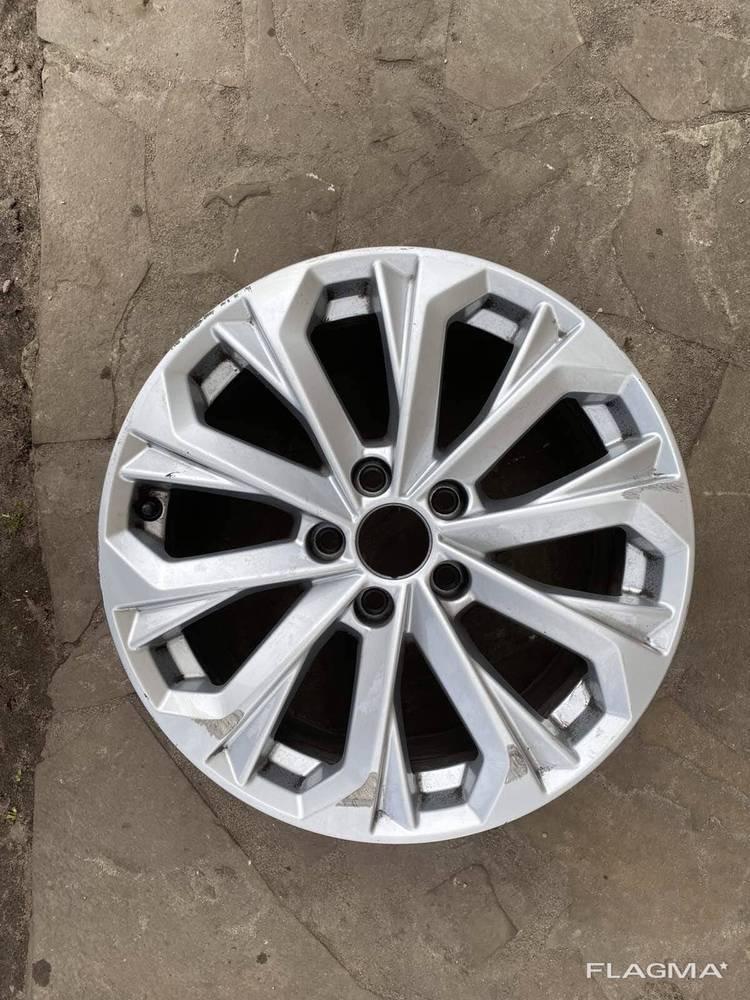 Диск колесный литой R17 Audi A4 B9 8W Ауди А4 8W0601025L ори