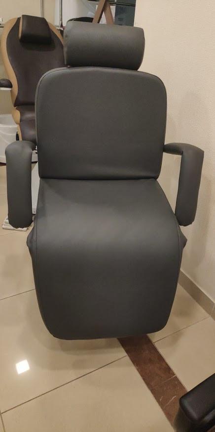Кресла парикмахерские на гидравлике в Украине