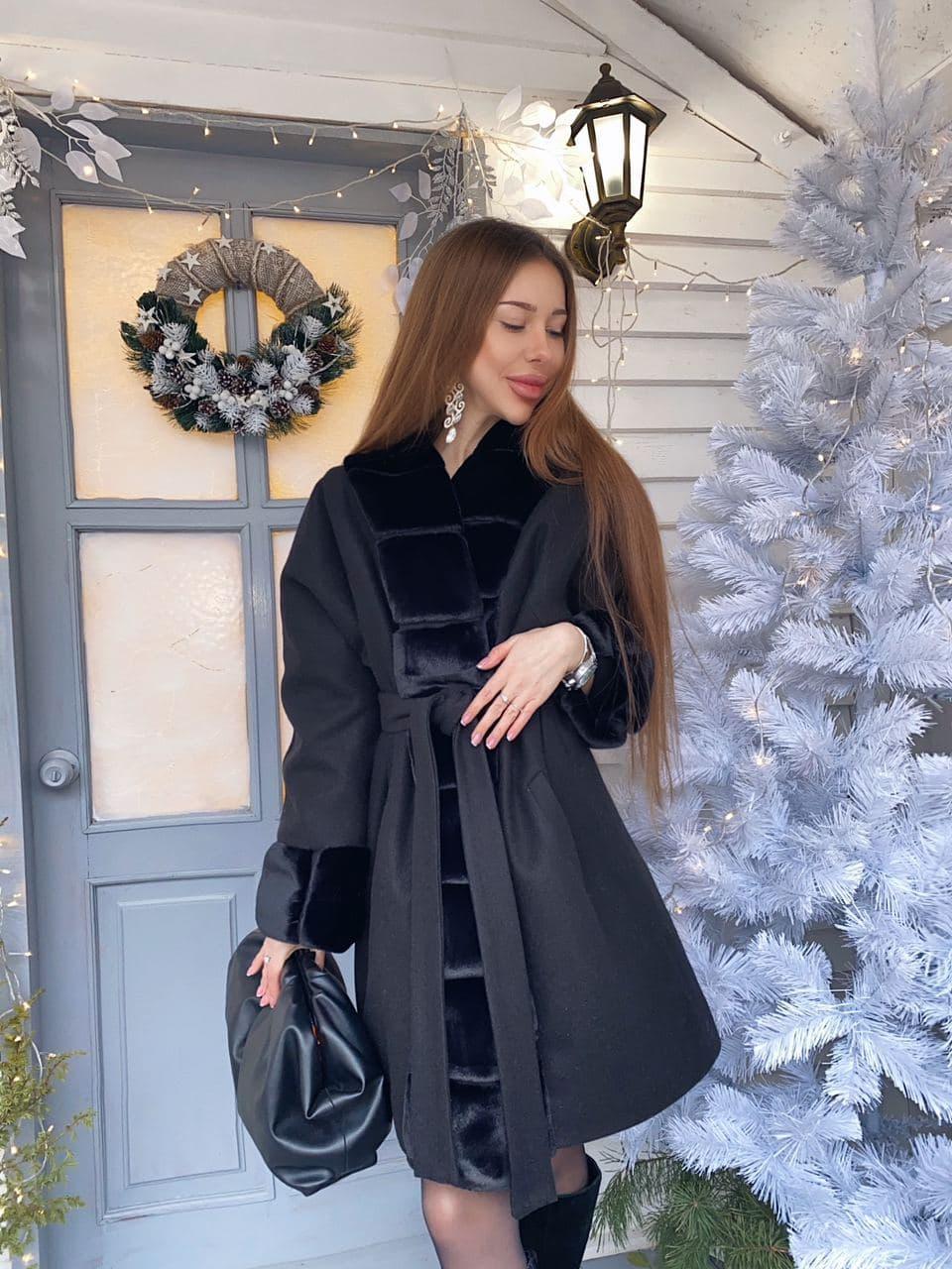 Женское теплое классическое черное пальто M