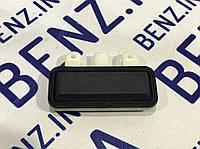 Кнопка крышки багажника для Mercedes C207/W212/W221/W204 A2218702410