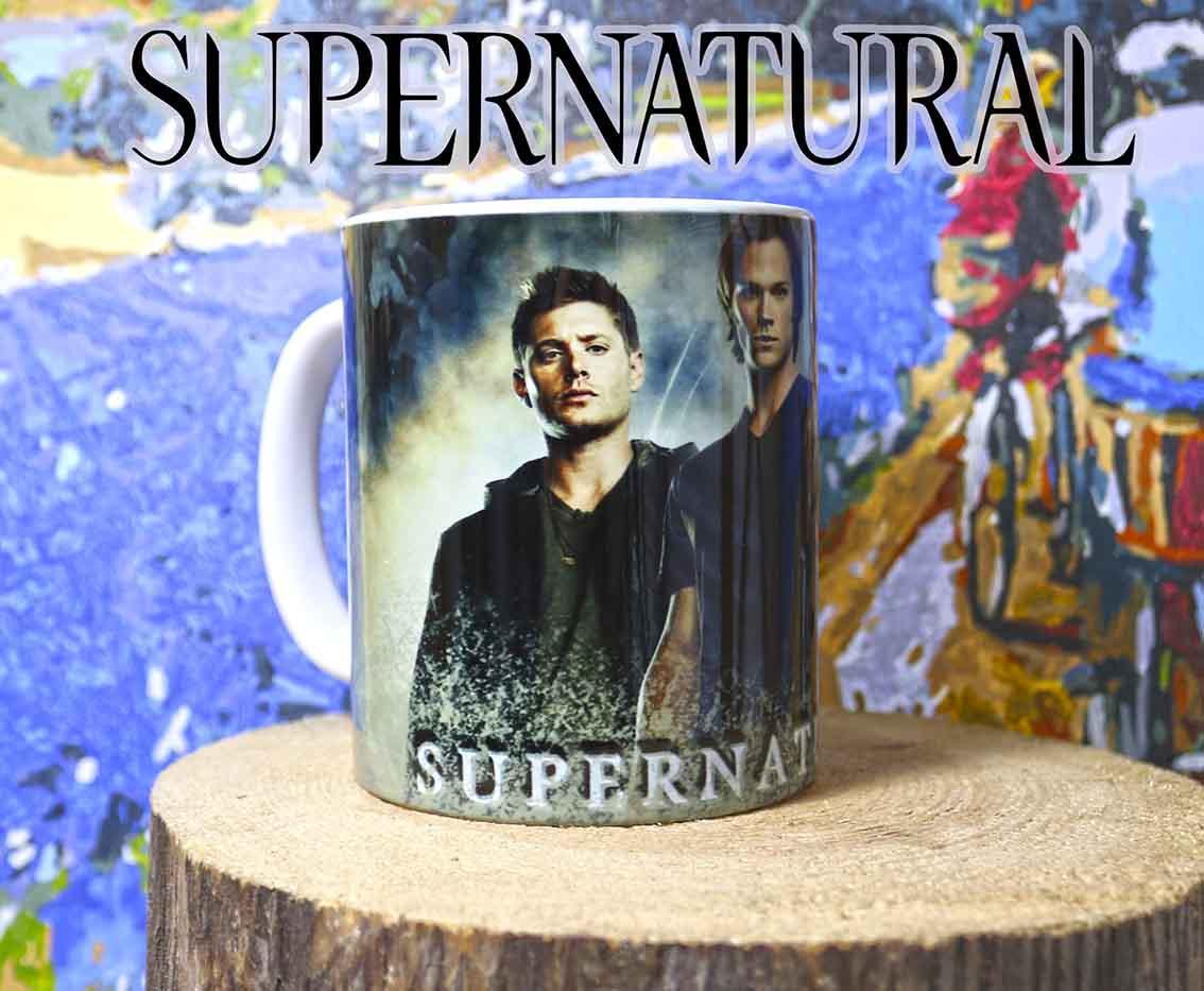 Чашка ГГ на фоне дымки Сверхъестественное / Supernatural