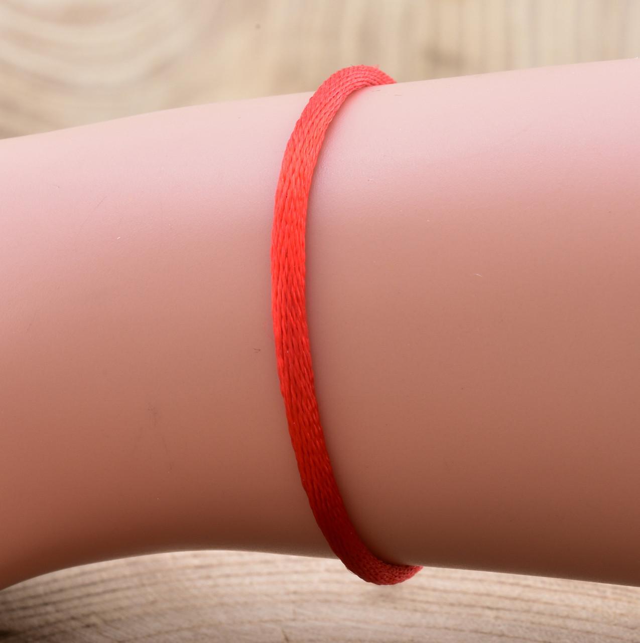 Серебряный оберег Красная нить длина 20 см ширина 2 мм вес 0.7 г