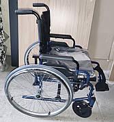 Складная инвалидная коляска. Кресло-коляска. Дорожное складное колесное кресло. Нет правой подножки