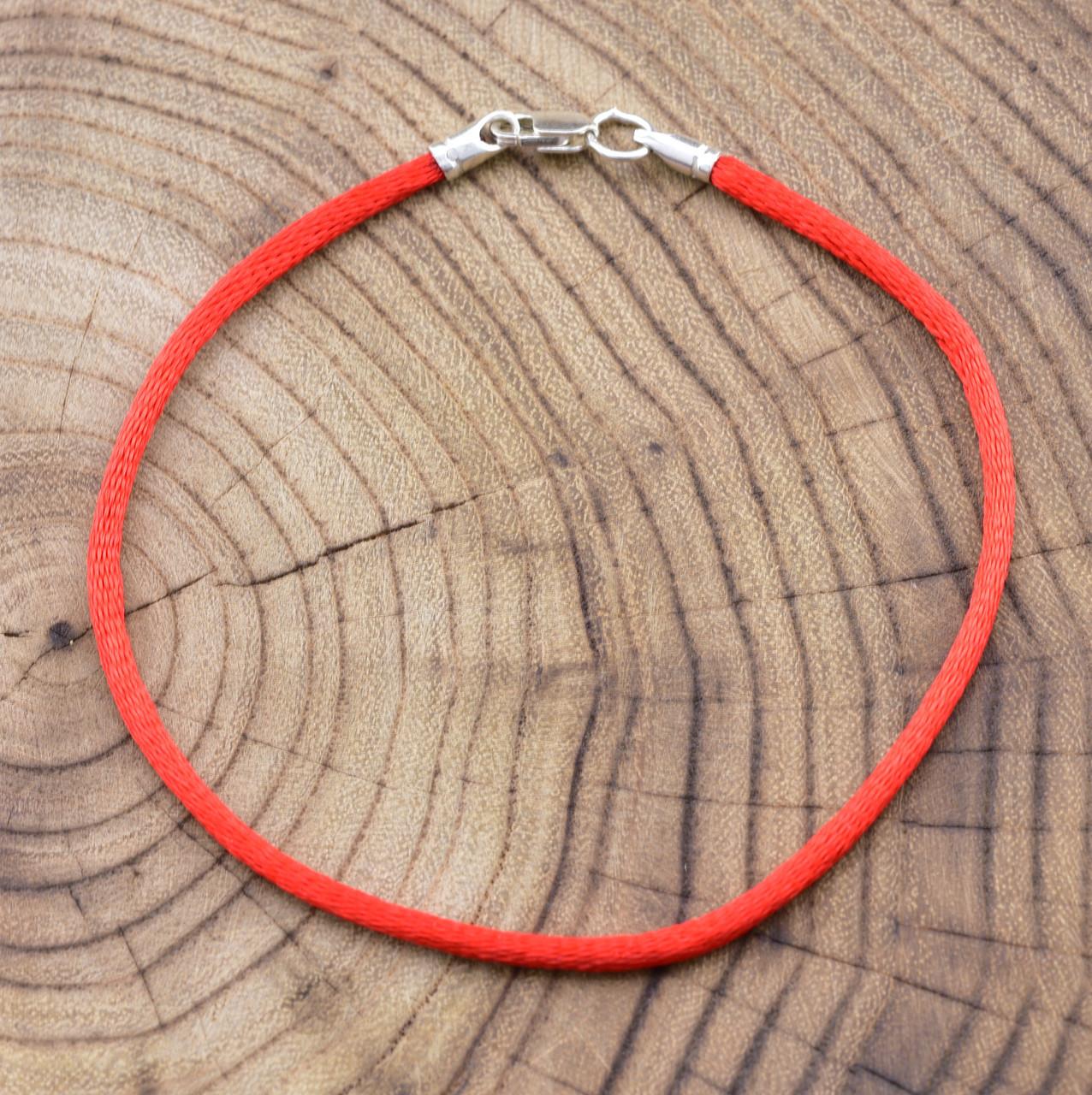 Серебряный оберег Красная нить длина 18 см ширина 2 мм вес 0.7 г