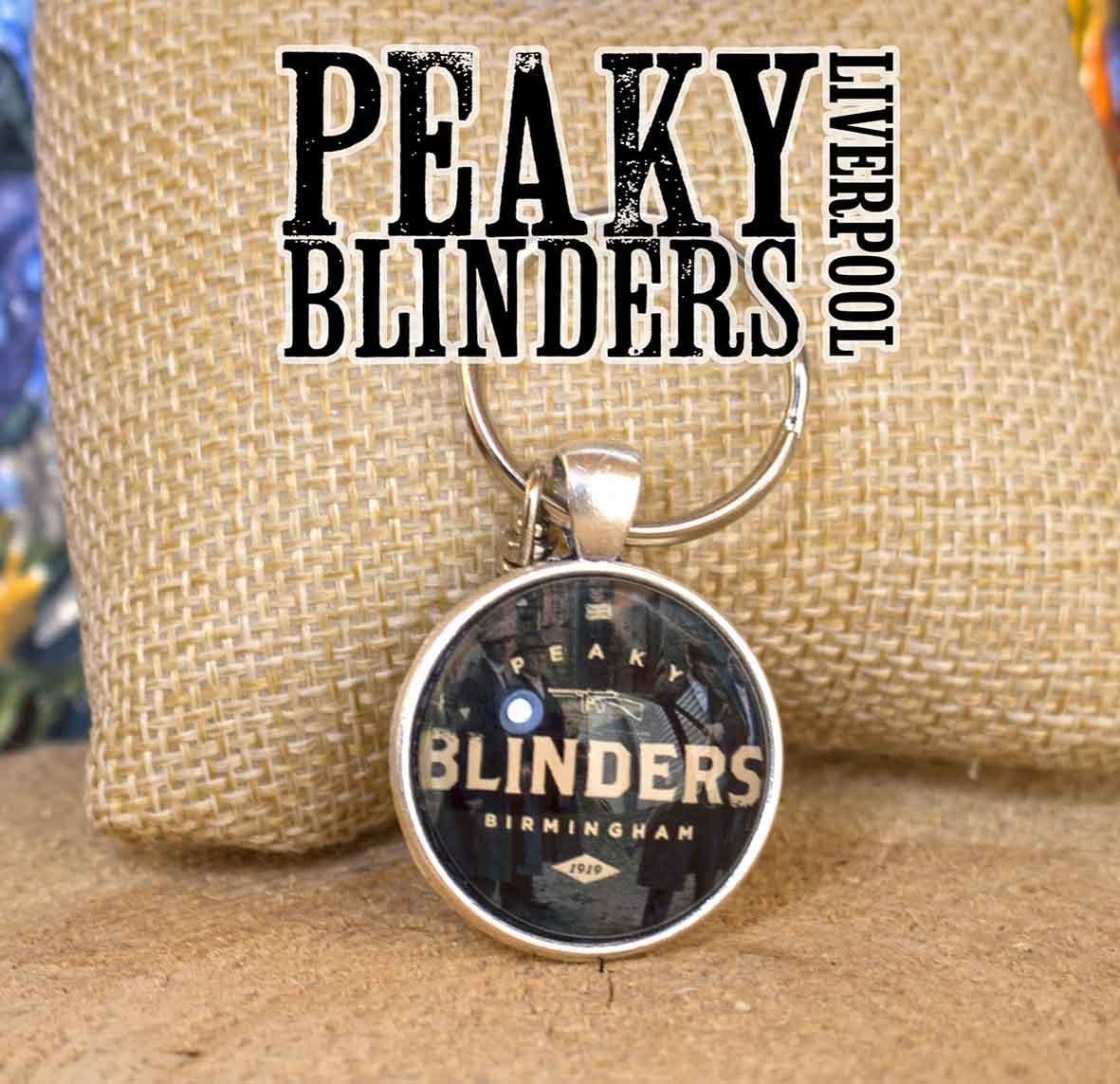 Брелок с Шелби на черном фоне Острые козырьки / Peaky blinders