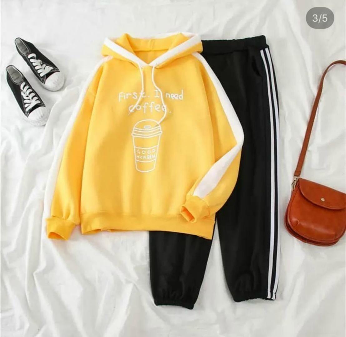 Женский  костюм, Нереально крутые теплые. Цвет: желтый, черный, коралл Отменное КАЧЕСТВО!