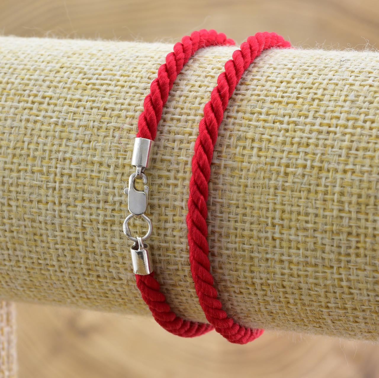 Шнурок плетённый шелковый цвет красный длина 60 см ширина 3 мм вес серебра 0.95 г