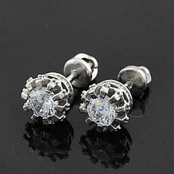 Серебряные серьги Диамо размер 8х8 мм вставка белые фианиты вес 2.75 г