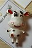 Брошка брошка кулон підвіска об'ємний веселий металевий білий бик, корова бичок, фото 2