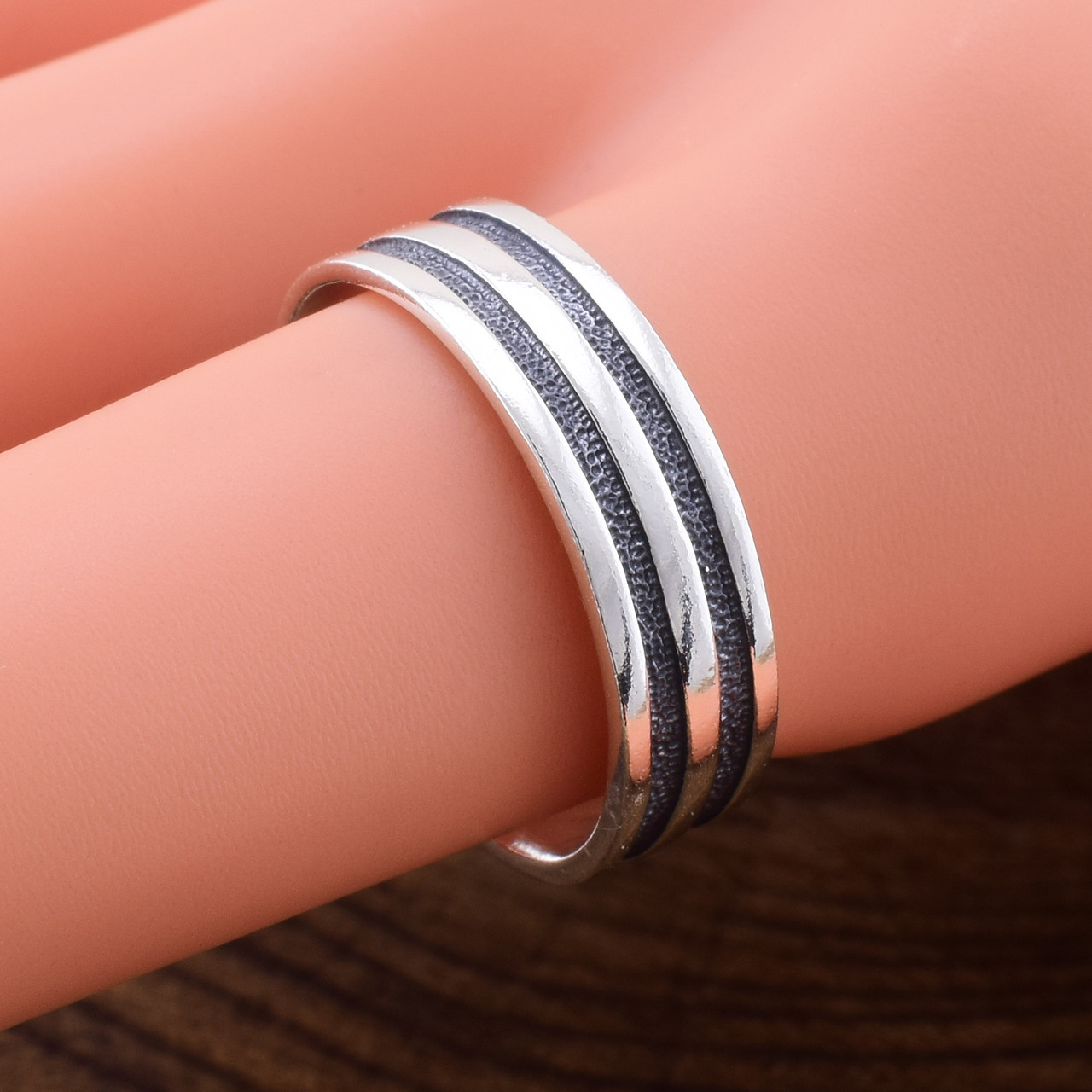 Серебряное кольцо Принцип вес 3.1 г размер 18.5