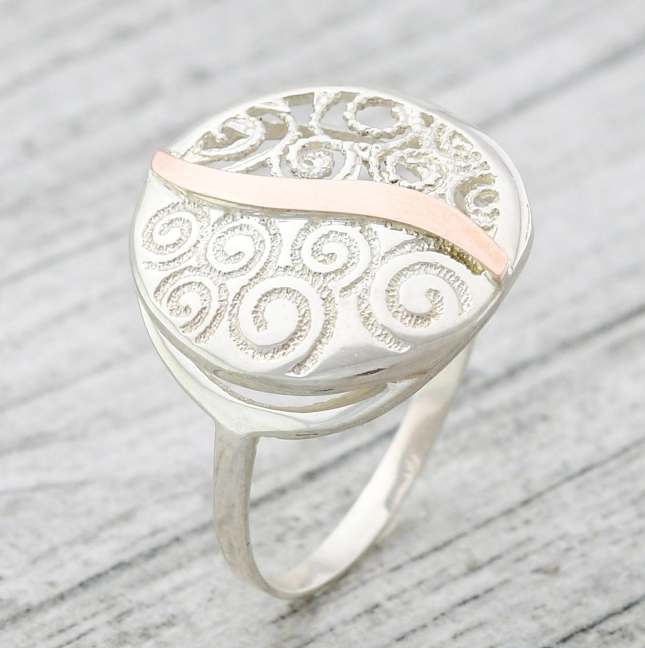 Серебряное кольцо с золотом Волна вес 3.8 г размер 19