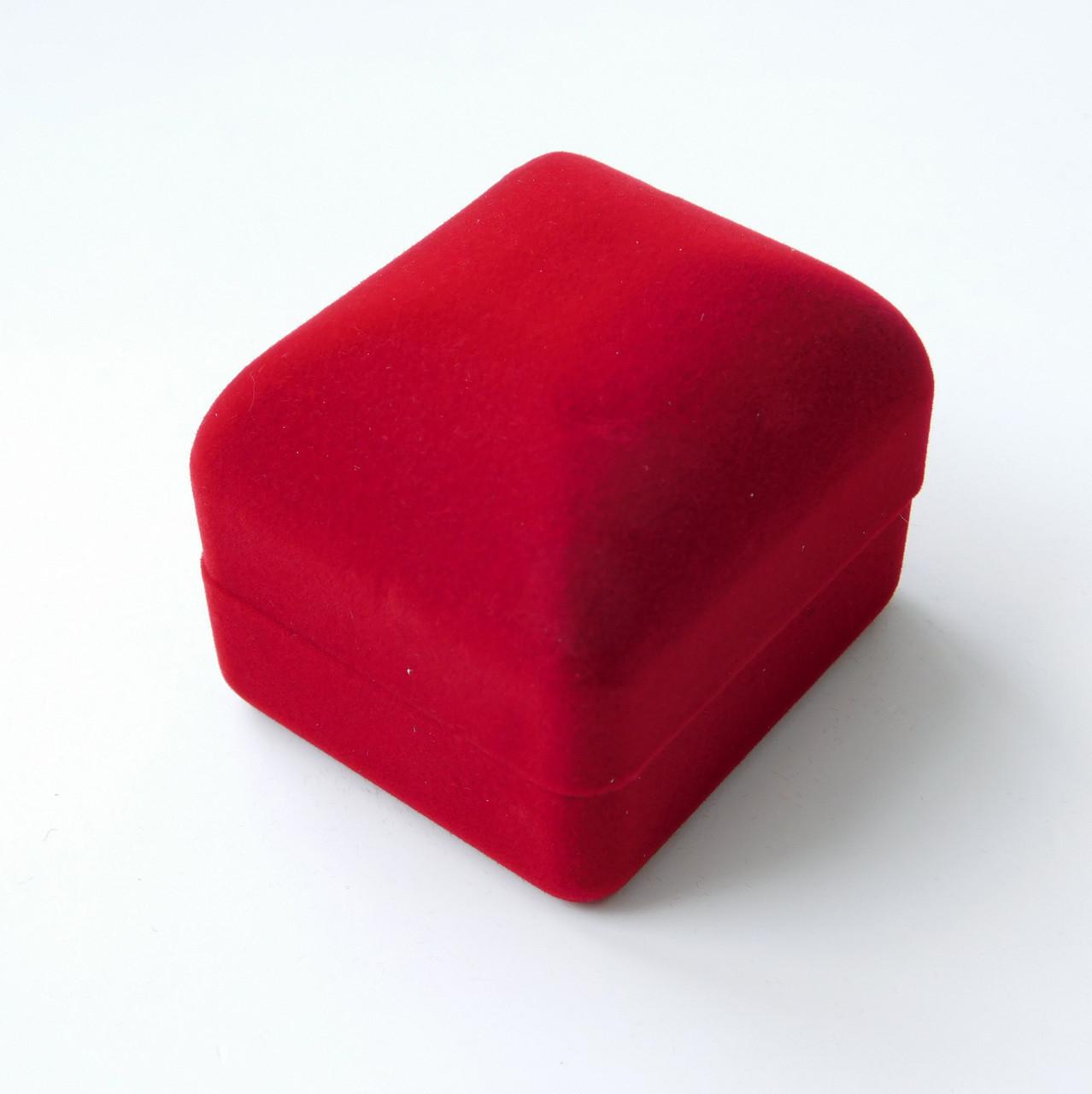 Футляр классика для кольца красный бархат 53474 размер 4.5х5.5 см