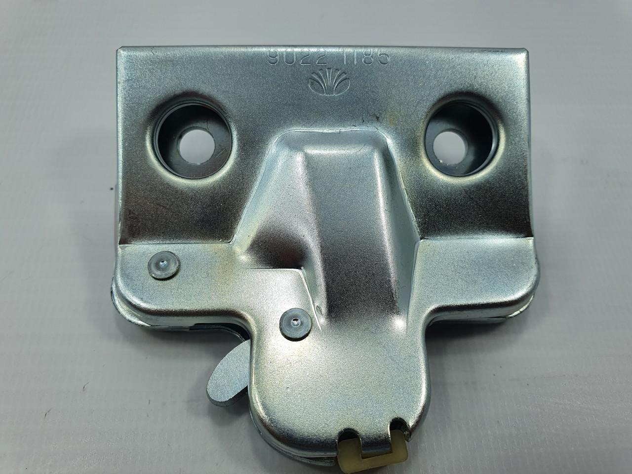 Засувка замка багажника NEXIA КАР\TOPIC (ОЕМ) Корея ориг